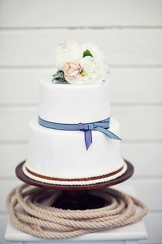 Simple Wedding Cake with Preppy Striped Ribbon | peaches & mint | Fresh and Chic Nautical Seaside Wedding with Preppy Blue Stripes and Blush Flowers
