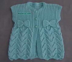 modèle et-baby-vest-spike milieu Crochet For Kids, Crochet Baby, Knit Crochet, Lace Knitting Patterns, Baby Models, Boys Sweaters, Baby Cardigan, Easy Knitting, Crochet Fashion