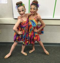 Thank you @areanaevanilopez for being everything you are and to @therealabbylee for doing so much for us so we could float like butterflies!#aldcminis#dancemoms#aldcla