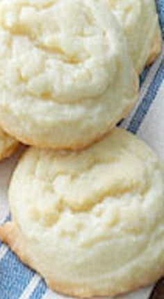 Amish Sugar Cookies ❊                                                       …