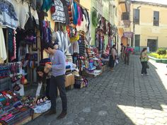 Winkeltjes in Alausi
