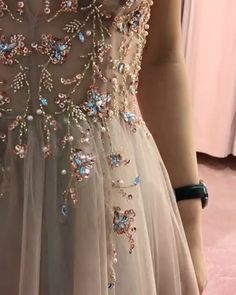 Prom dresses sleeveless - Spaghetti Straps Vneck Sheer Top Sexy Long Prom Dresses with Side Slit Elegant Tulle Evening Dresses – Prom dresses sleeveless Lilac Prom Dresses, Tulle Prom Dress, Dance Dresses, Homecoming Dresses, Quinceanera Dresses, Women's Dresses, Bridesmaid Dresses, Elegant Dresses, Pretty Dresses