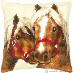 Cuscino Punto Croce Cuscino da ricamare amicizia cavallina Vervaco VE1200.126 - La Casa del Canovaccio e del Ricamo