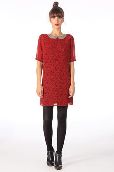 Robe col claudine rouge