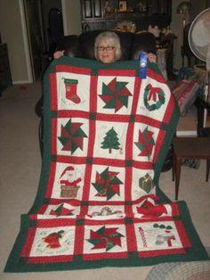 A Bit of Christmas Quilting: December 10 - 24 Blocks