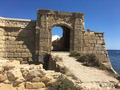 Kelly bezocht #Tabarca, het kleinste bewoonde eiland van Spanje. Bekijk haar reisverslag op goyalifestyle.nl/mijn-reis-naar-het-spaanse-eiland-tabarca/