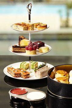 Mandarin Oriental high tea at The Clipper Lounge