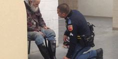 Este mendigo estava procurando por um lugar aquecido e seco para ficar em uma loja em El Paso, Texas...