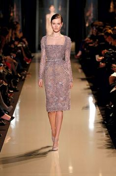 ELIE SAAB Haute Couture Spring Summer 2013 Everything is just so perfect! Elie Saab Couture, Style Couture, Haute Couture Fashion, Couture Dresses, Fashion Dresses, Trendy Dresses, Formal Dresses, Wedding Dresses, Club Dresses