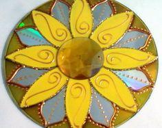 Mandala Amarela em CD reciclado