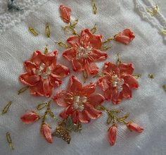 Silk Ribbon Embroidery: FREE SRE DESIGN - Ribbon Stitch Flowers