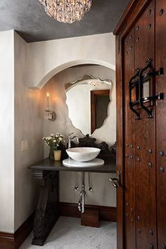 I've never seen anything like this #mirror.  Words can not describe its #beauty.  #bathroom