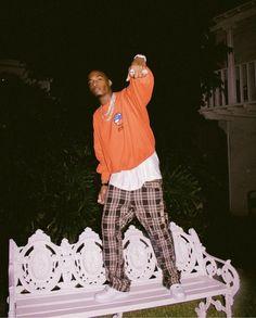 Listen to every Lil Uzi Vert track @ Iomoio Street Casual Men, Vintage Street Fashion, French Fashion, Lee Know Stray Kids, Orange Aesthetic, Kid Cudi, Lil Uzi Vert, Kids Icon, Funny Tattoos