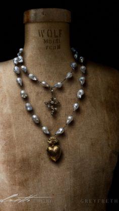 Ex voto necklace from greyfreth