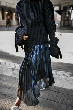 Stylecolors // Black // T-shirt // Jacket // Coat // Pants // Dress // Shoes // Color // Style // Love // Fashion // Babe // Always // Best Looks // Street Style // Fashion Week// It-girl // Kkstylecolors // Fashion Mode, Moda Fashion, Street Fashion, Fashion Trends, Catwalk Fashion, Latest Fashion, Fashion Stores, Fashion 101, Fashion Details