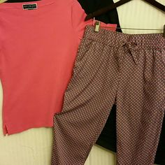 NEW LISTING! Aerie Harem Pants Super comfy! 2 side pockets, elastic waist and elastic pants bottom. Cute pink, dark blue, and gray pattern *20% off on 2+ bundles* aerie Pants