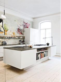 Home Interior Vintage completely unexpected to put a mural/painting in a stark white, minimalist kitchen. Kitchen Interior, New Kitchen, Kitchen Dining, Kitchen Decor, Kitchen Island, Kitchen Ideas, Kitchen Art, Kitchen Bookshelf, Kitchen Layout