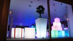 Idées cadeaux de Noël, pot lumineux :  http://www.livedeco.com/mobilier-lumineux/cadeaux-de-noel.html