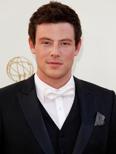 Did or Did Corey #Monteith die from an addiction? Celebs react.