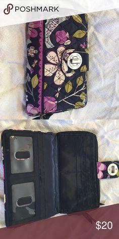 Vera Bradley turn key wallet Great wallet. Gently used Vera Bradley Bags Wallets