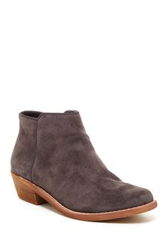 Perfect, casual suede bootie