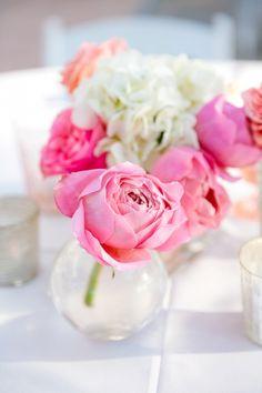 Simple Pink Rose Centerpiece // Navy + Coral Pink Lowndes Grove Plantation Wedding // Dana Cubbage Weddings// Charleston SC Wedding Photography