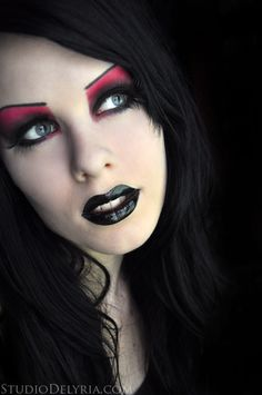 2009-05-24 >> Red and black vibrant and extreme vampire >> Tutorial on Youtube