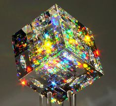Stunning optic glass sculpture artwork from the studio of American Glass Artist Jack Storms, who is literally taking the world by Storms with amazing art Jack Storms Glass, Fused Glass, Stained Glass, Dichroic Glass, Glass Beads, Art Of Glass, Glass Cube, Minerals And Gemstones, Oeuvre D'art