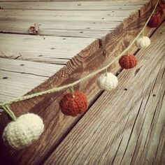 8 Beautiful Crocheted Garlands - free patterns!
