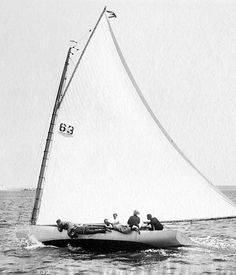sleek and graceful racing yachts of 1890s New York   Kittie, a catboat on June 15, 1895.