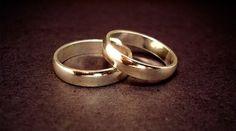 Las recientes afirmaciones del Papa Francisco sobre los matrimonios nulos han vuelto a poner sobre el tapete el tema de la nulidad matrimonial, un asunto que preocupa al Santo Padre y para el cual estableció una reforma.
