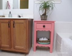 Coral Side Table in SW Dishy Coral