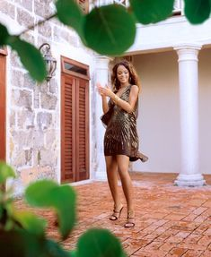 Young Rihanna, Best Of Rihanna, Rihanna Riri, Rihanna Style, Rihanna Fashion, Rihanna Barbados, Rihanna Photos, Black Girls Rock, Black Women Fashion