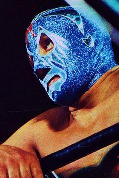 【仮面貴族】ミル・マスカラスは世界のプロレスを変えた!! - Middle Edge(ミドルエッジ) Mexican Wrestler, Watch Wrestling, Andre The Giant, Lucha Underground, Masked Man, New Face, World History, Chicano, Mexico