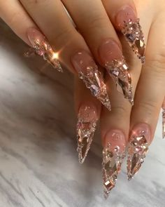 ▶ Ladies would you rock these Nails.Ladies would you rock these Nails. Bling Acrylic Nails, Square Acrylic Nails, Summer Acrylic Nails, Glam Nails, Best Acrylic Nails, Dope Nails, Rhinestone Nails, Bling Nails, Bling Nail Art