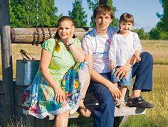 Актриса Ирина Пегова с мужем и дочкой
