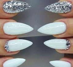 White & silver💅🏽