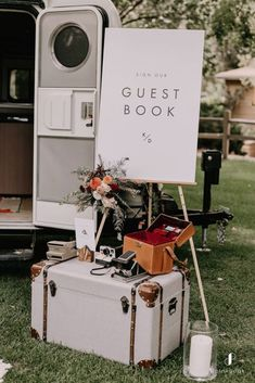 Laid Back Wedding, Casual Wedding, Our Wedding, Dream Wedding, Fall Wedding, Minimal Wedding, Event Planning Guide, Event Guide, Unique Weddings