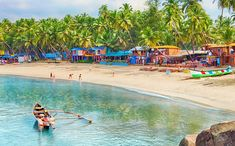 SHACKS VS PUBS: WHAT YOU SHOULD EXPECT WHEN YOU'RE VISITING GOA #youngnfab #travel #shacks #pubs #goa #gogoa #goalife #goashacks #beaches #goapubs #travelling #instatravel #instago #holidays #fun #tourism #tourist #instatraveling #travelling #travelgram