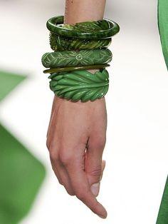 Pocketbook - Lifestyle blog: EMERALD GREEN#emerald #green #smeraldo #verde