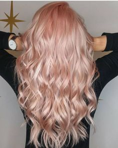 Rose gold hair Roségoldenes Haar Source by . Blond Rose, Rose Gold Hair Brunette, Blonde Hair, Cabelo Rose Gold, Gold Hair Colors, Hair Colours, Peach Hair, Peachy Hair Color, Rose Pink Hair