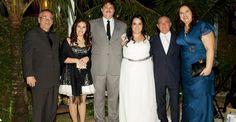 CARAS - Renato Aragão leva a primeira neta ao altar