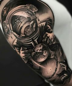 We want to share beautiful sleeve tattoos like this amazing piece to inspirate you. We did not draw Half Sleeve Tattoos Koi Fish, Half Sleeve Tattoos Space, Galaxy Tattoo Sleeve, Lion Tattoo Sleeves, Half Sleeve Tattoos For Guys, Forearm Sleeve Tattoos, Best Sleeve Tattoos, Leg Tattoos, Outer Space Tattoos