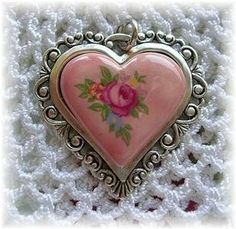 For The Beautiful BellaDonna who has a beautiful heart and soul. Love You and Miss You Dearly. Hope you are well and getting better daily,praying for you xoxo I Love Heart, With All My Heart, Happy Heart, Valentine Heart, Valentines, Vintage Heart, Sacred Heart, Heart Art, Heart Jewelry
