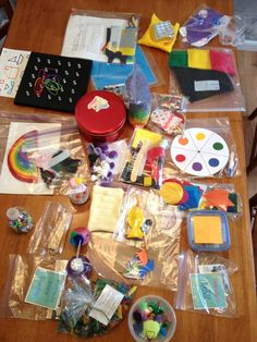 Busy Bag Swap for Toddlers--rr this one is awesome too! Would be fun to have a swap night with other moms and have everyone make some thing different.