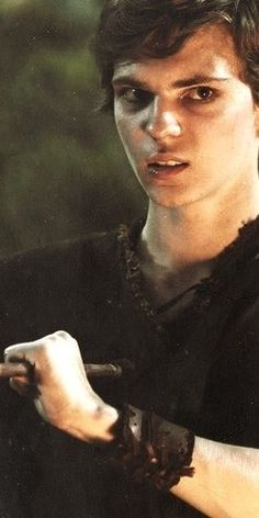 Peter Pan catching the arrow on Once Upon A Time being attractive while doing so...once again I can't help but find the villain attractive. It might also help that I've been in love with Peter Pan ever since I can remember...