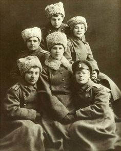Russian army female ensigns graduates from the Alexandrovskiy Army College , Cossack Hat, Crimean War, Russian Revolution, Peter The Great, Female Soldier, Women In History, Soviet Union, World War I, Russia