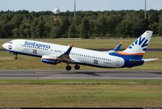 D-ASXH SunExpress Germany Boeing 737-8CX(WL) taken 2014-08-23 at Berlin - Tegel (TXL / EDDT) airport, Germany by András Soós