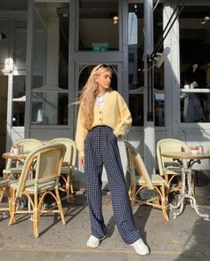Yellow Cable Crop Cardigan of Olivia Frost on the Instagram account . - Yellow Cable Crop Cardigan of Olivia Frost on the Instagram account Amy Buschmanabyn - Aesthetic Fashion, Aesthetic Clothes, Look Fashion, 90s Fashion, Korean Fashion, Fashion Outfits, Fashion Trends, Mode Outfits, Retro Outfits