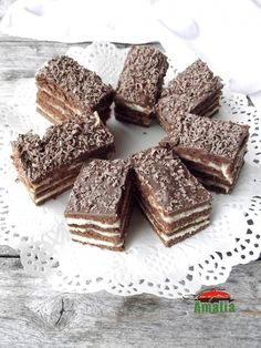 Sweets Recipes, Cake Recipes, Romanian Desserts, Cake Servings, Food Cakes, Sweet Cakes, Caramel, Goodies, Food And Drink